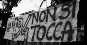 Women manifesting in Italy to defend their right to abortion. Image by Antonella Beccaria via Flickr.com under licence CC 2.0