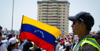 marcha_hacia_el_palacio_de_justicia_de_maracaibo_-_venezuela_11
