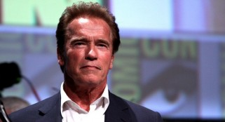 Schwarzenegger stars in his first dramatic role...in film about zombies