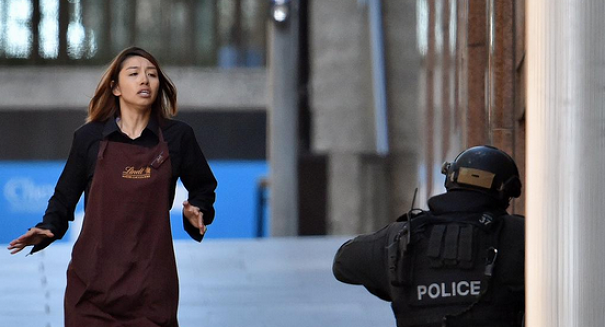 Police storm cafe in bloody end to Sydney hostage siege