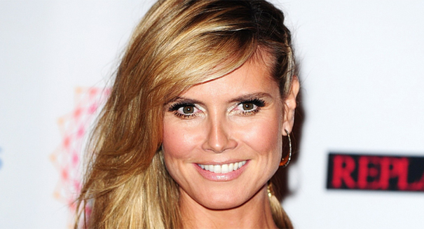 Heidi Klum talks scandalous Oscar dress; Stars in sexy new Carl's Jr. ad