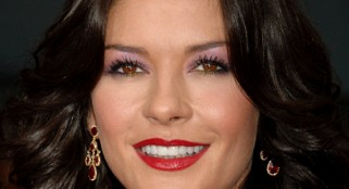 Catherine Zeta-Jones returns home after treatment for Bipolar Disorder