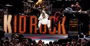 kid rock stage