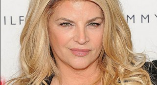 Kirstie Alley takes on Abercrombie & Fitch CEO