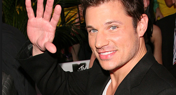 Nick Lachey to boy bands: Stay away from Taylor Swift