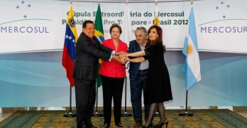 Old times Mercosur: Hugo Chavez, Dilma Rousseff, Pepe Mujica and Cristina Kirchner. Image by Wikimedia